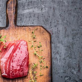 Grilled Jerk Tuna Lettuce Wraps